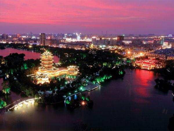 济南大明湖夜景